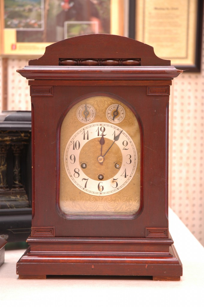 20060520_100737_House of Clocks